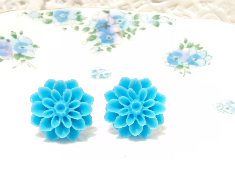 My Bonnie Blue Eyed Lassie - Blue Flower Stud Earrings