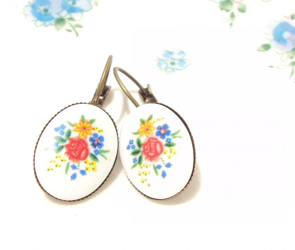 Wild Rose - Vintage Floral Earrings